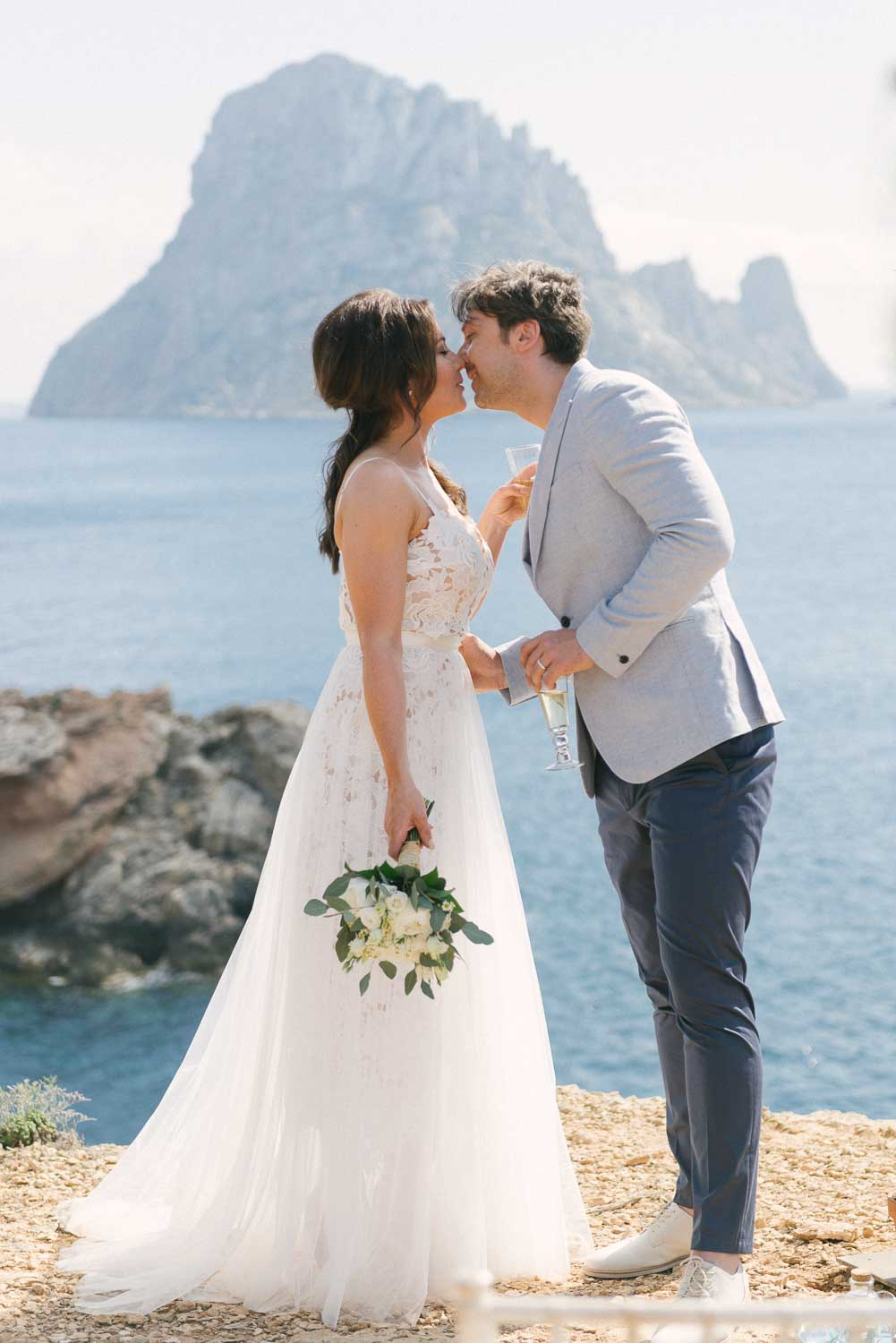 cliff top wedding ibiza, ibiza wedding